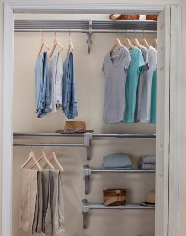 Beau Expandable Reach In Closet Kit   10.1ft Of Hanging Space U0026 20 Ft Of Shelf  Space   Silver